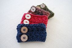 I've prepared for you another quick and easy crochet pattern, the star stitch cuff! These cuffs will make a great accessory this spring and you can make one in every color. One of these cuffs can be completed in less than 30 minutes and requires only scraps of yarn. Star Stitch Cuff Crochet Pattern by …