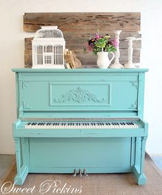 I want a piano and I want to paint it.