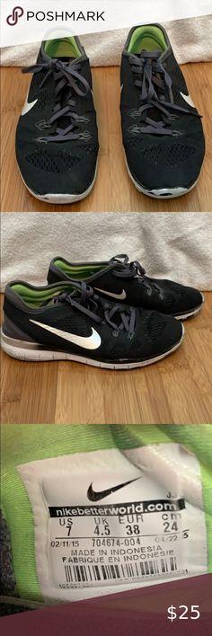 How Do I Insert the Nike Plus Sensor Into My Shoe?