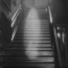 Raynham Hall in Norfolk, England, is reportedly haunted by the ''Brown Lady'', who is identified to be Lady Dorothy Walpole (1686–1726), the sister of Robert Walpole, generally regarded as the first Prime Minister of Great Britain. Raynham Hall became one of the most famous hauntings in Great Britain when photographers from Country Life magazine claimed to have captured its image.