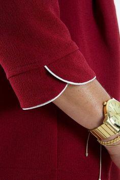 Best 12 Neck design – Page 426082814749629746 – SkillOfKing. Salwar Neck Designs, Kurta Neck Design, Saree Blouse Neck Designs, Kurta Designs Women, Dress Neck Designs, Sleeve Designs, Blouse Designs, Chudi Neck Designs, Kurti Sleeves Design