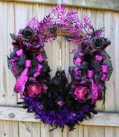 IGW Gallery: Purple and Black Halloween Owl Wreath