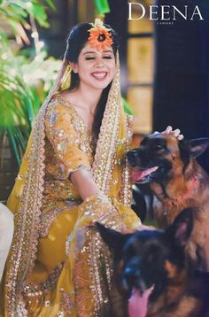 Mehndi Outfit, Mehndi Dress, Mehendi, Pakistani Outfits, Indian Outfits, Pakistan Bride, Culture Clothing, Pakistan Fashion, Desi Clothes