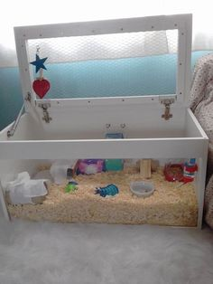 Lovely dwarf home! (Not enough room for deep bedding and wheel for a Syrian, from what I can estimate) Indoor Guinea Pig Cage, Guinea Pig House, Pet Guinea Pigs, Hamster Life, Hamster Habitat, Hamster Toys, Hamster Stuff, Cool Hamster Cages, Mouse Cage