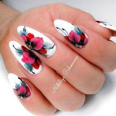 Chic Poppies With Rhinestones ❤ It is summertime and that means cute nails! Flowers are perfect for pretty dainty nails for the summer! Check out our favorite floral cute nail designs! Flower Nail Designs, Ombre Nail Designs, Cute Nail Designs, Floral Designs, Cute Nails, Pretty Nails, Beautiful Nail Art, Gorgeous Nails, Butterfly Nail