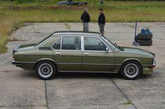 BMW E12, Inline 6 cyl/5speed stick