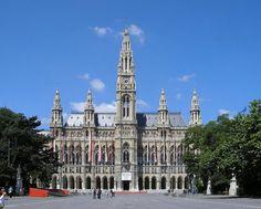 Austrian Architecture: Rathaus (City Hall).