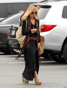 maxi dress and hat street style | Black Maxi Dresses Are Totally Rachel Zoe's Go-To Look (PHOTOS)