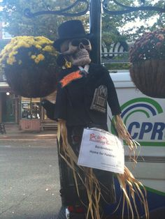 There are only a few spots left in the Bordentown Scarecrow Contest! Join the fun.  http://www.bordentowncurrent.com/2014/10/02/47618/scarecrows-wanted-for-farnsworth
