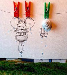 Es ist ja grundsätzlich keine besonders originelle Idee, wenn ein Illustrator Gemaltes mit der Realität verknüpft. Wenn er es aber so zauberhaft macht wie der Schweizer Loïc Apreda, dann ist es mehr als einen Blick wert. Apreda hat nämlich die Maus Rikiki