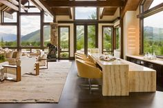 Red Mountain in Aspen, Colorado, designed by Charles Cunniffe Architects in conjunction with interior designer firm Pembrooke & Ives.