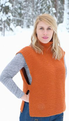 Takka Vest Pattern FREE PDF PATTERN Takka in Finnish means fireplace and will want to cuddle up to one after you are done with the project. Worked with yarn. Knit Vest Pattern, Knit Patterns, Easy Knitting, Knitting For Beginners, Diy Kleidung, Diy Mode, Cute Sweaters, Beautiful Crochet, Pulls
