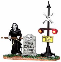 Lemax-44746-GRIM-RAILWAY-SWITCHMAN-Spooky-Town-Lighted-Accessory-Halloween-O-G-I