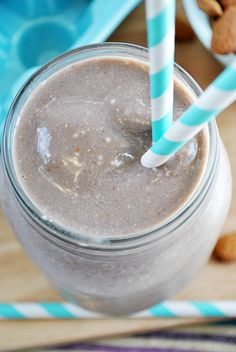 Chocolate Almond Oatmeal Breakfast Smoothie