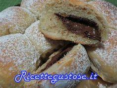 Danubio alla nutella con lievito madre..  http://www.ricettegustose.it/Torte_1_html/Danubio_alla_nutella_con_lievito_madre.html