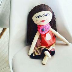 Doll outfit 🏵🌸🌼💜 #plushie #doll #dollmaker #dolloutfit #embroidered #sewcute #handmadedoll #kidsdecor #dollface #instamatka #lalka #recznierobione #handmade #hairdoll #softtoy #girltoys #heirloomdoll #brownhairs #etsykid #design #dladziecka #dollclothes #dollmaker #design #przytulanka #forkids #kidsroom #scandistyle #sweet