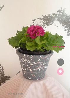 hand painted flower pots / image of an artist atelier floor