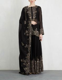 Check out our Black Sharara Set by ANAMIKA KHANNA available at Ogaan Online store at special price. This limited edition collection features the most exquisitely handcrafted one-of-a-kind couture pieces from Anamika Khanna Pakistani Bridal Dresses, Pakistani Dress Design, Stylish Dresses, Fashion Dresses, Dresses For Work, Mexican Dresses, Indian Dresses, Indian Wedding Outfits, Indian Outfits