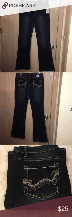 Rue 21 Bootcut Jeans Brand New With Tags. No Trades. Low Rise. Bootcut. Regular Length. Detailed Back Pockets. Size 5/6. Rue 21 Jeans Boot Cut