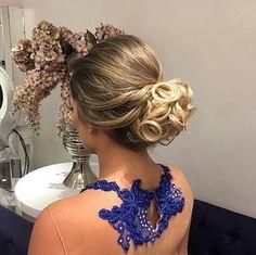 coque de festa 2015 Love Makeup, Hair Makeup, Cute Hairstyles, Wedding Hairstyles, Prom Make Up, Apostolic Fashion, Hair Inspiration, Your Hair, Braids