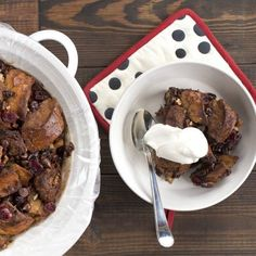 Slow Cooker Chocolate Pecan Bread Pudding