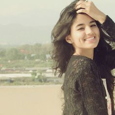 Cute Girl Poses, Girl Photo Poses, Girl Photos, Cute Girls, Beautiful Girl Photo, Cute Girl Photo, Beautiful Girl Indian, Stylish Girls Photos, Stylish Girl Pic