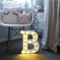 26 Letters White LED Night Light Plastic Marquee Sign Table Lamp For Birthday Wedding Party Bedroom Wall Hanging Decor Drop Ship Nursery Night Light, Led Night Light, Night Lights, Letter Lamp, Decorative Accessories, Home Accessories, Pop Up, Creative Lamps, Light Letters