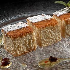 Egy finom Kelt mézes sütemény ebédre vagy vacsorára? Kelt mézes sütemény Receptek a Mindmegette.hu Recept gyűjteményében! Vanilla Cake, French Toast, Bread, Breakfast, Food, Morning Coffee, Brot, Essen, Baking