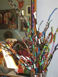 Saw a craft book decades ago on painting sticks - seems like the trend is returning - or just now catching on. Don't know which but I am a long time lover of painted sticks!