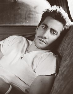 Jake Gyllenhaal…Gorgeous