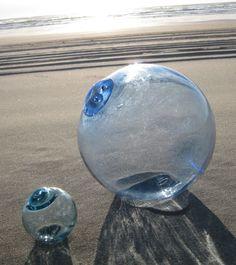 Japanese Glass Fishing Float - Cornflower Blue, Diameter, Collector Float via Etsy Azul Indigo, Glass Floats, Beach Cottage Style, Glass Pumpkins, Sea Waves, Glass Ball, Glass Ornaments, Strand, Sea Glass
