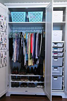 Ideas small bedroom closet organization clothing storage drawers for 2019 Wardrobe Organisation, Small Closet Organization, Diy Organization, Clothing Organization, Wardrobe Ideas, Closet Storage, Organizing Ideas, Capsule Wardrobe, Closet Bedroom