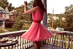 Pretty dress and setting!! LOVE porches, too!