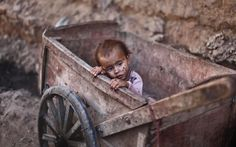 child labourer in Islamabad, Pakinstan, knolwn as the city without a soul
