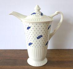 Vintage White & Blue Tea Pot, Syracuse China, Shelledge, Periwinkle, Vintage Teapot/Coffee Pot, White China, White Decor, Farmhouse Kitchen by ForeverCharmVintage on Etsy