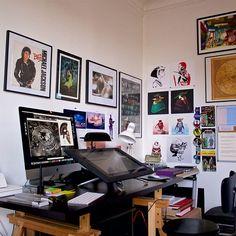 A look at my workspace these days! ✍ #artist #freelance #illustrator #conceptartist #author #teleworking  #workplace #workspace #office #flat #desk #paris #Cintiq #toys #ettheextraterrestrial #renaudroche