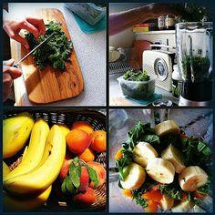 Kale, hemp protein, abricots,peaches and banana smoothie. Perfect after workout !  Koktajl z jarmużu, brzoskwini, moreli, banana i proteiny konopnej- idealny na po wysiłku fizycznym
