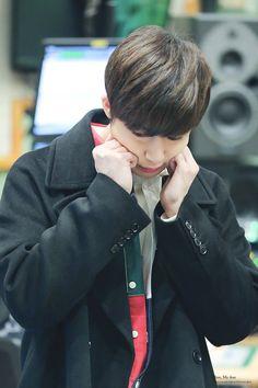 he looks so stressed >-< @plstaigav