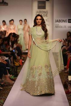 Lehenga by Ridhi Mehra mint green reception lehenga Lakme Fashion Week Summer Resort 2015 Pakistani Dresses, Indian Dresses, Indian Outfits, Walima Dress, Indian Clothes, Lakme Fashion Week 2015, India Fashion Week, Lehenga Designs, Indian Attire