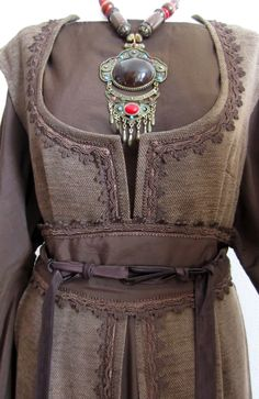 Set Bruin - Mt. M t/m XL   Dames fantasy jurken   • The Chocolate Box