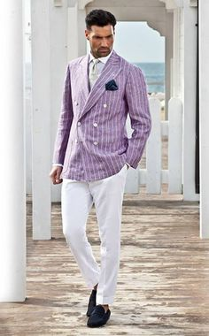 Treviorum - not a fan of white pants in general, but I like this. Sharp Dressed Man, Well Dressed Men, Double Breasted Suit Men, Only Fashion, Mens Fashion, Purple Suits, Suit Up, Plus Clothing, Business Casual Men