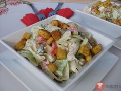 /salat-s-kuracimi-kuskami/