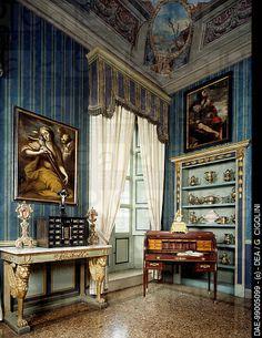 Glimpse of the Empire Hall, Palazzo Costa, Piacenza, Emilia-Romagna. Italy, 18th century.