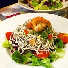 Hoy cena saludable en el @vamosalbully #donostia #sansebastian #semanasanta #ensaladatempladadegulas