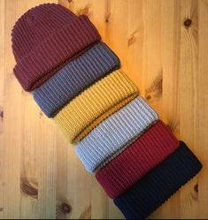 Easy Crochet Hat, Crochet Beanie Pattern, Diy Crochet, Crochet Crafts, Crochet Hooks, Crochet Projects, Knitting Patterns, Crochet Patterns, Hat Patterns