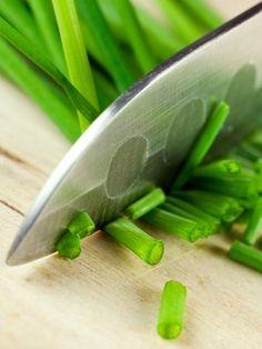 Scharfe Messer sind ein muss, stumpfe Messer mehr als gefährlich. Schärfen Sie Ihre Messer in Zukunft selbst. So geht's kinderleicht.