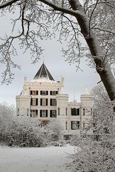 Castle Sandenburg, the Netherlands,  during wintertime.