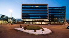 Edificio de oficinas en el Parque Empresarial Cristalia. allende arquitectos. Madrid 2008. Premio ASPRIMA 2009