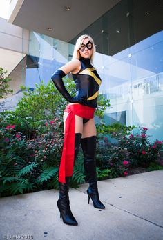 Character: Miss Marvel. Event: Baltimore Comic Con Photo: L Jinto. Ms Marvel Cosplay, Cosplay Costumes, Halloween Costumes, Power Girl, Captain Marvel, Marvel Comics, Avengers, Leather Pants, Superhero