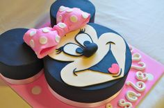 Minnie Mouse for Isabella | Flickr - Photo Sharing! by Its a Cake Thing (Jho)